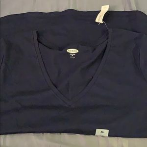 NWT Old Navy T-shirt (size XL)